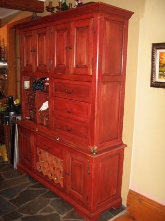 Buffet, bahut, armoire de cuisine en pin, meuble sur mesure, ébénisterie
