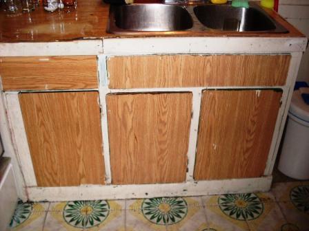 vieille cuisine en mauvais états