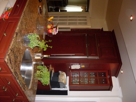 armoires de cuisine en chêne, îlot de cuisine, comptoir de granite