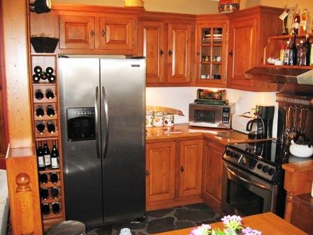 armoires de cuisine en bois en pin noueux portes de cuisine style ancestral,
