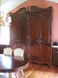 armoire antique pour modèle de portes de garde robe