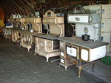 meubles St Urbain Montréal vieux poêles